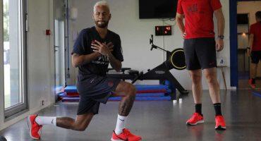 Sin futuro definido, Neymar regresó a entrenar con el PSG una semana tarde
