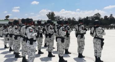 Detienen a elemento de la Guardia Nacional abandonando un cadáver en Mazatlán