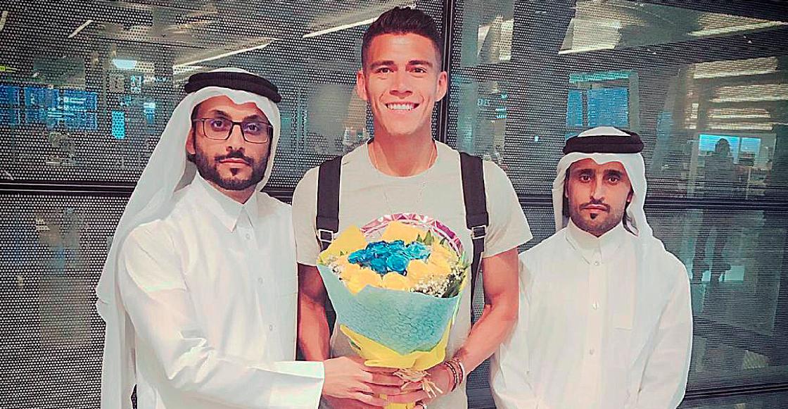 Héctor Moreno arribó a Qatar para firmar con el Al-Gharafa