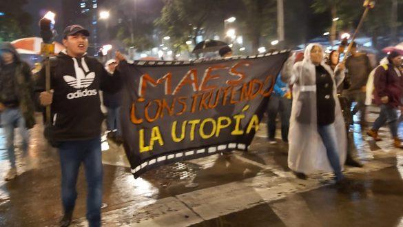 Rechazados de universidades marchan: Acusan que examen de ingreso es
