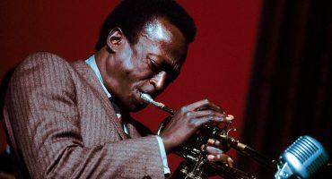 Después de 30 años finalmente se puede escuchar el track inédito de Miles Davis,