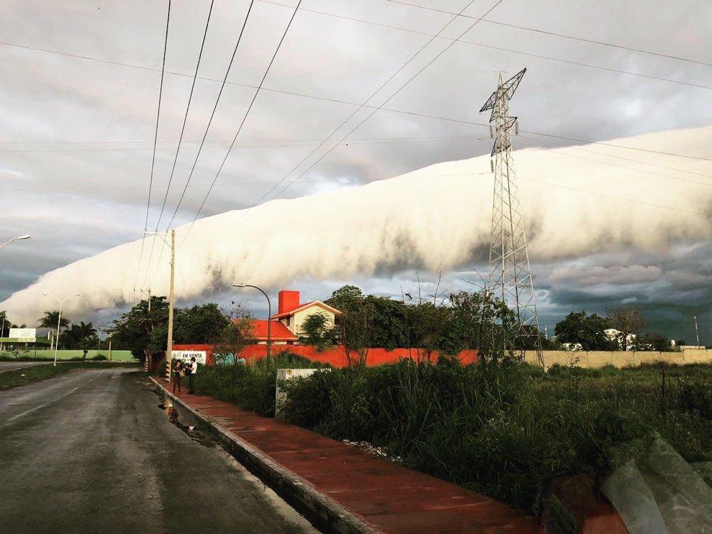 Nube en forma de arco en Yucatán