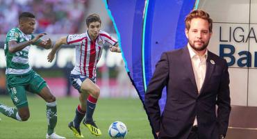 """El """"Pollo"""" Ortiz volverá a narrar en el Santos vs Chivas… y Twitter se hizo sentir"""