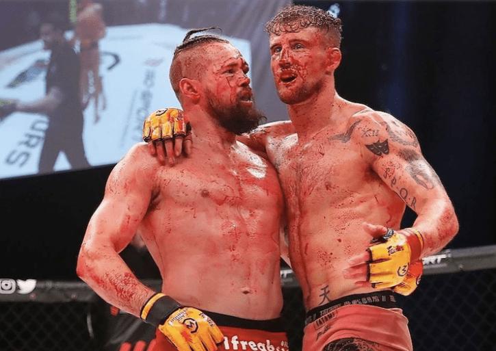 Suspenden un combate de artes marciales mixtas debido al exceso de sangre