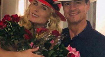 Y en la imagen del día: EPN se entrega… al amor y hasta rosas regala el prro