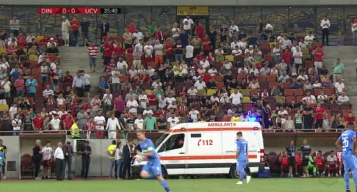 DT del Dinamo de Bucarest sufrió un infarto en pleno partido y casi no la cuenta