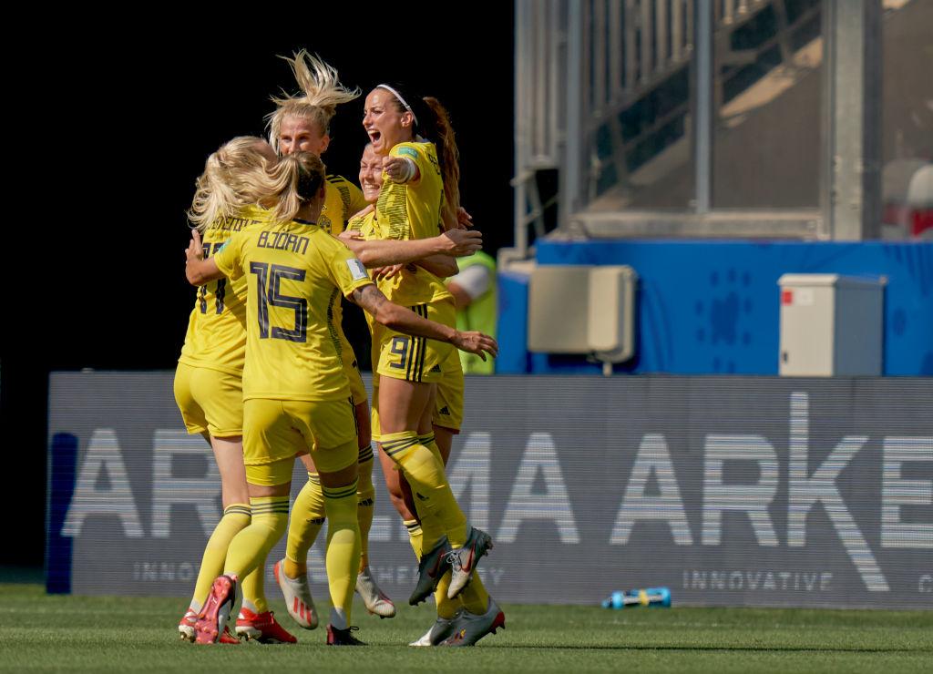 Suecia se llevó el tercer lugar del Mundial Femenil en una 'lluvia de goles' ante Inglaterra
