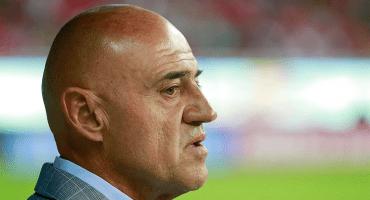 Se le cumplió: El 'Chelís' es el primer técnico cesado del Apertura 2019