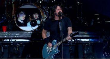 ¡Estamos con ustedes! Foo Fighters quiere firmar una petición para que Oasis regrese