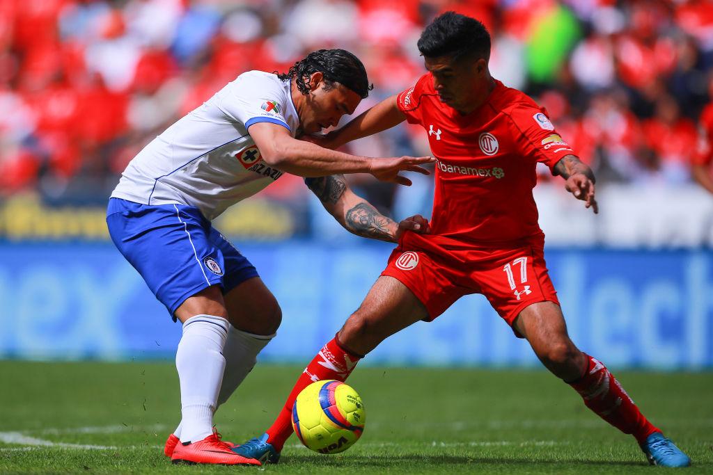 ¡Saquen las 'cheves'! 'Gullit' Peña prepara su regreso a la Liga MX