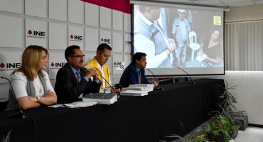 El PRD presenta denuncia contra AMLO y los 'Servidores de la Nación'