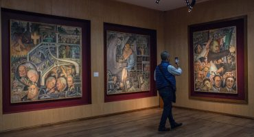 Uh la la: SNTE inaugura exposición con obras incautadas a Elba Esther Gordillo