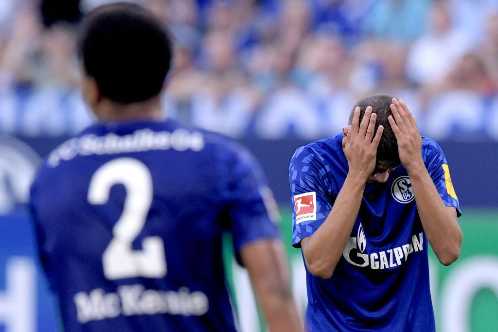 Aficionado del Schalke 04 demandó a un árbitro por no marcarle un penal a su equipo