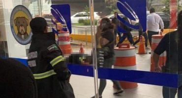 Balacera en el centro comercial Espacio Interlomas deja una persona muerta