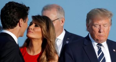 La verdad detrás del 'beso' entre Melania Trump y Trudeau