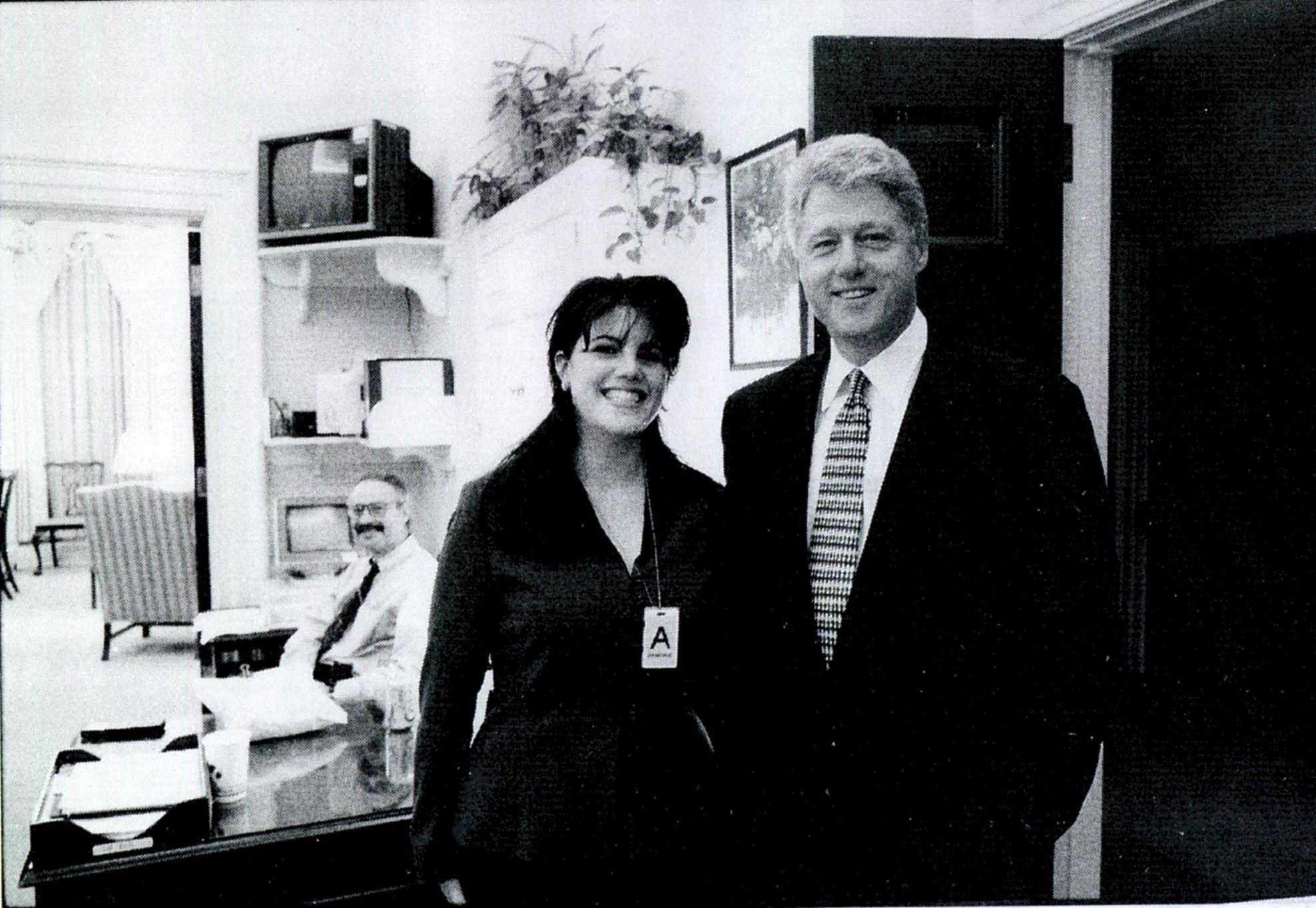 ¿Ironía? 'American Crime Story' hablará del escándalo sexual de Bill Clinton (que será producido por Lewinsky)