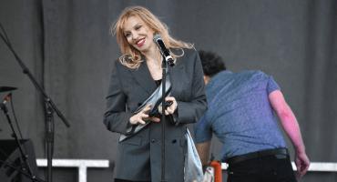 Mira los videos del regreso de Courtney Love a los escenarios después de dos años