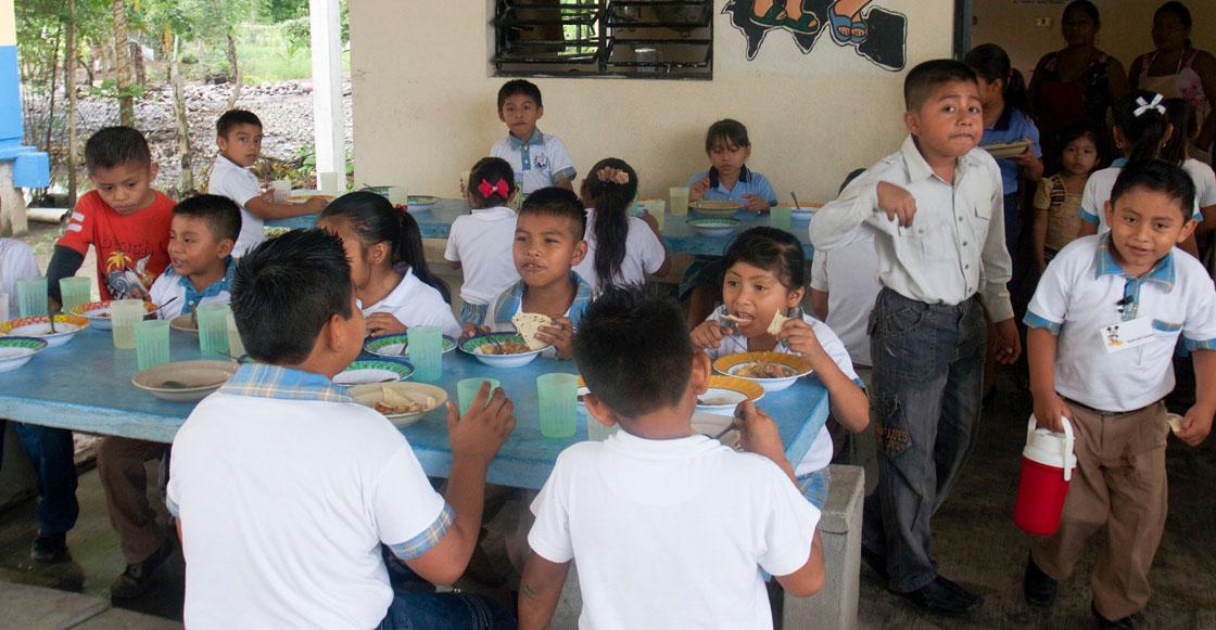 Abuelita, soy tu nieto: Darán desayunos calientes en escuelas públicas de la CDMX
