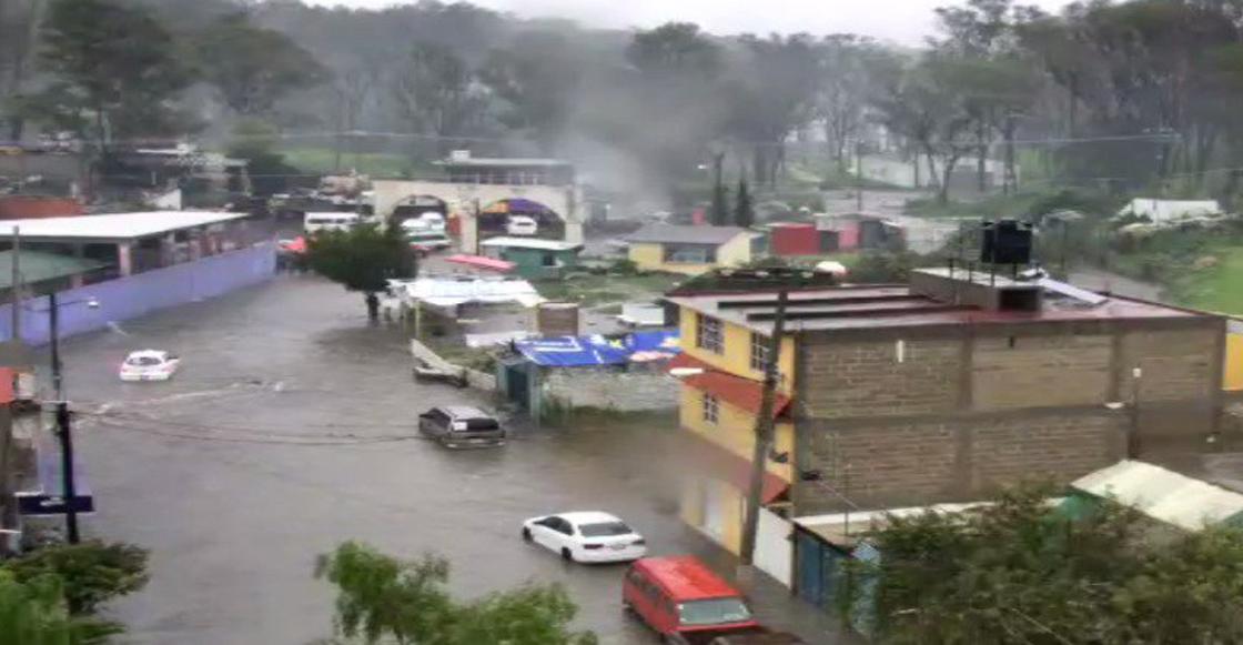 Por lluvias se desborda río en Nicolás Romero, Estado de México