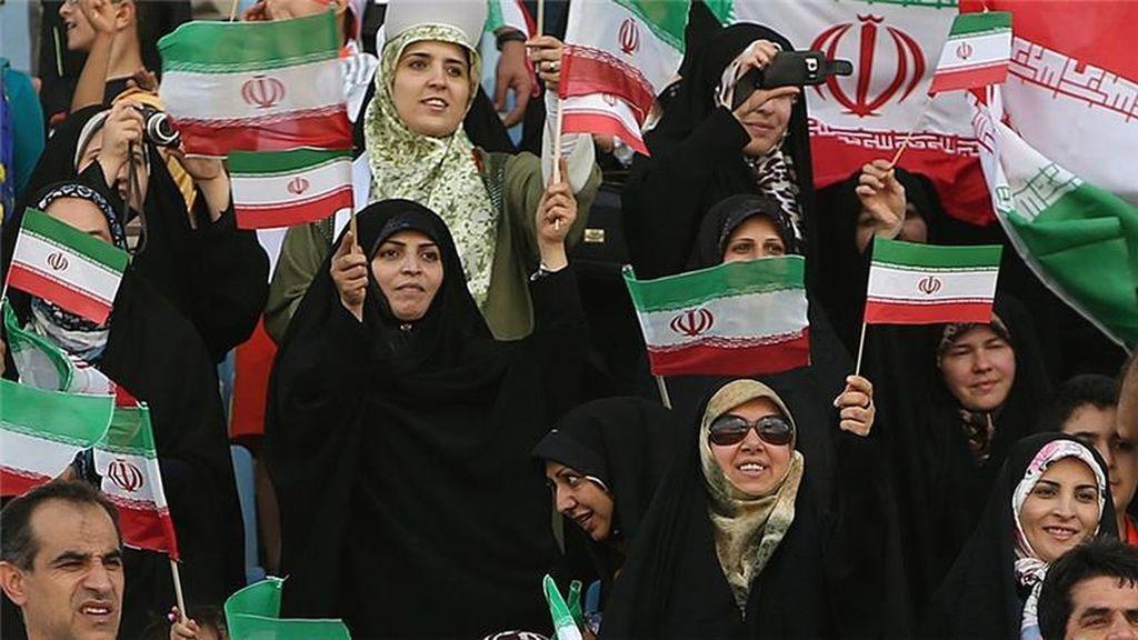 Por primera vez desde 1979, mujeres podrán asistir a un partido de futbol el Irán