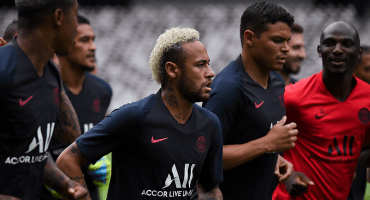 100 millones de euros separan a Neymar del Barcelona, según L'Equipe