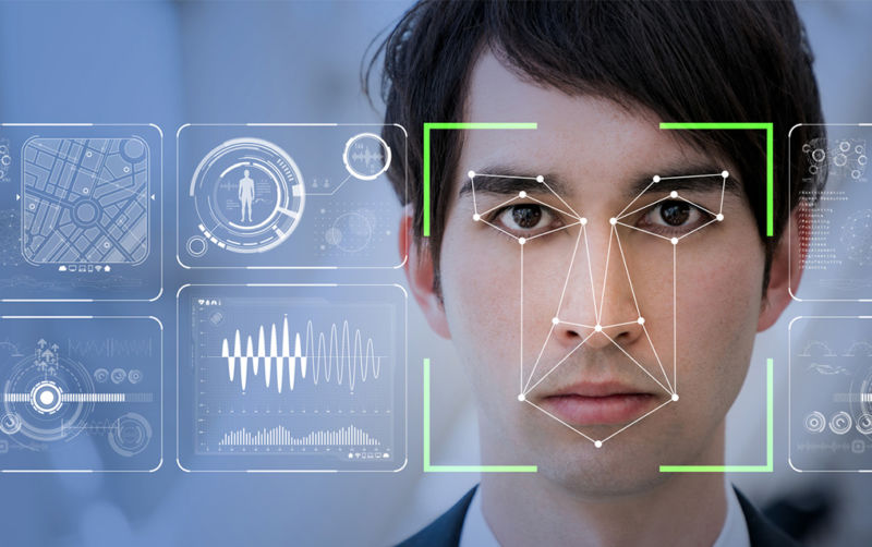 Amazon Rekognition, la AI de reconocimiento facial que también detecta el miedo