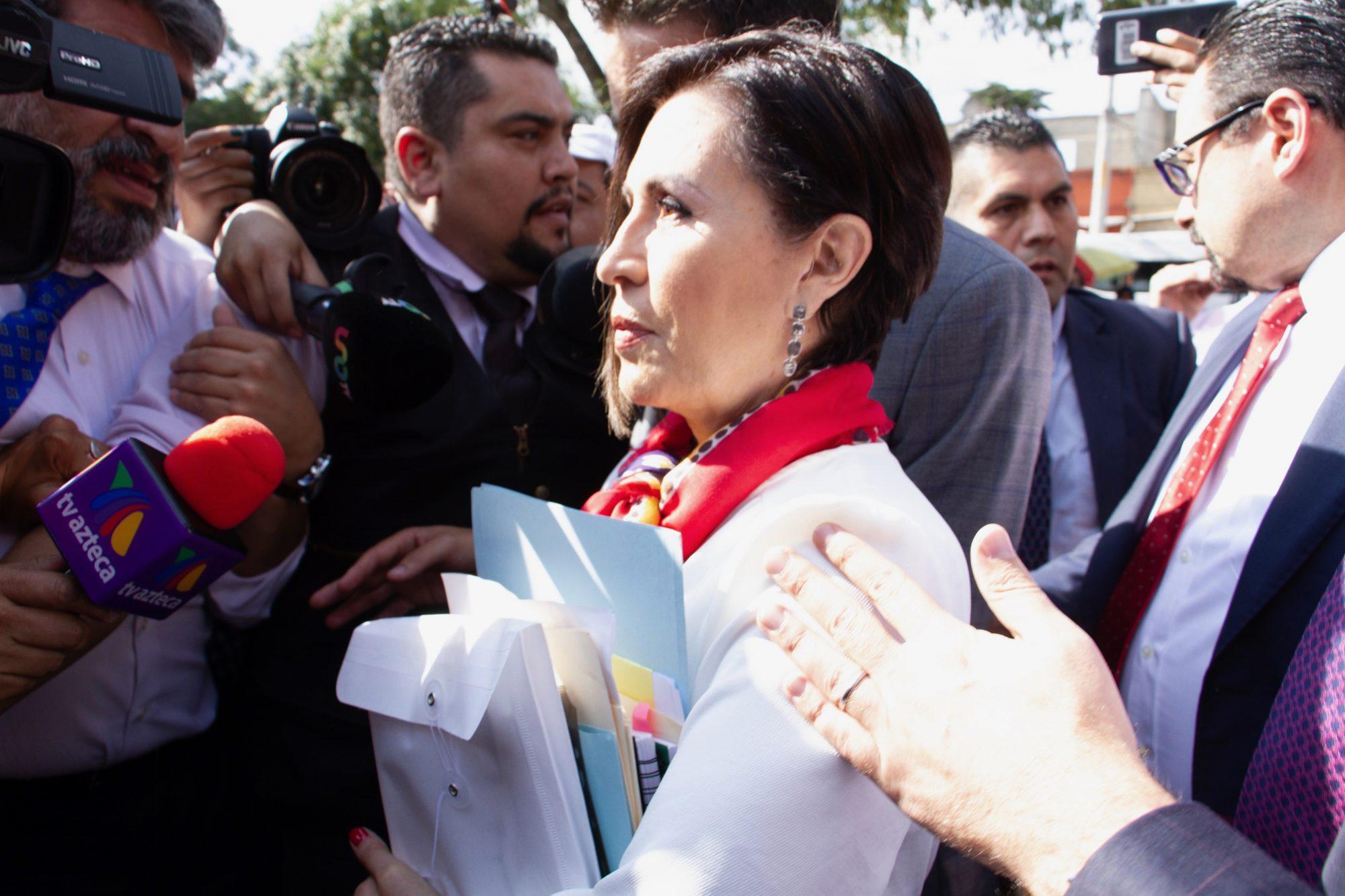 Vinculan a proceso a Rosario Robles; es trasladada a penal de Santa Martha Acatitla