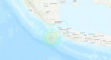 Alerta de tsunami en Indonesia después de un sismo de magnitud 7