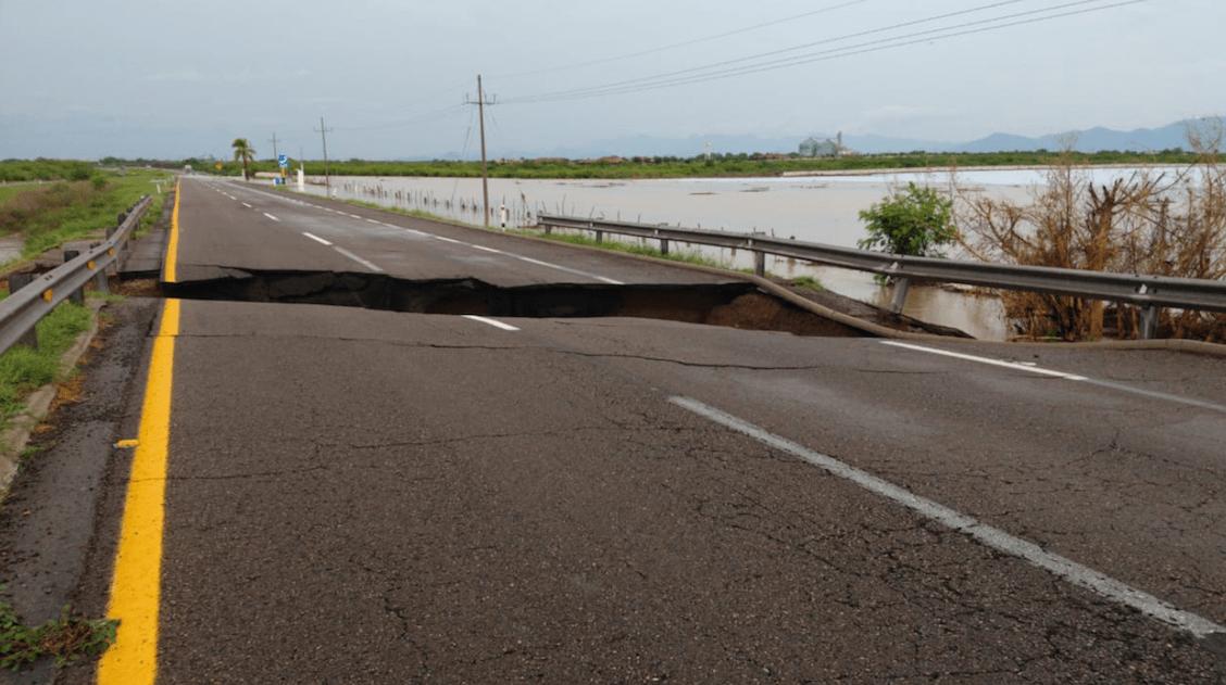 socavón-autopista-culiacán-sinaloa