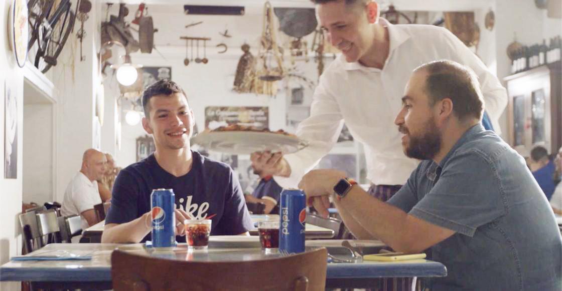 Entrevista: Un día en Nápoles con Hirving 'El Chucky' Lozano