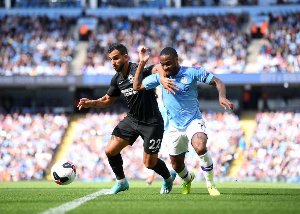 Manchester City goleó al Brighton y persigue al Liverpool en la cima de la Premier