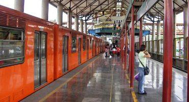 Muere una persona tras arrojarse a las vías del metro en la estación Villa de Aragón