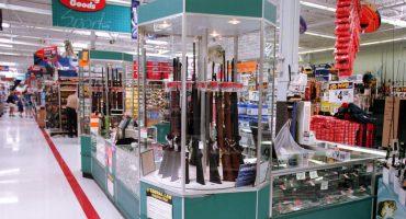 Walmart de EUA retira videojuegos 'violentos'... pero deja los estantes de armas