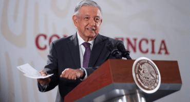 Y todo por los amparos en Santa Lucía: AMLO se lanza contra MCCI