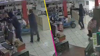 Guardia de seguridad salva a niños y mujeres de un asalto en Puebla