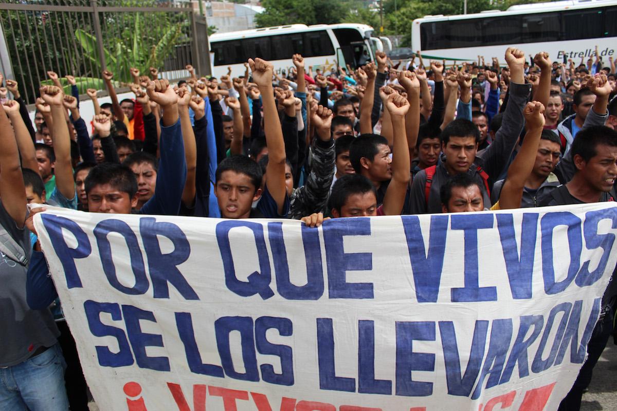 Ayotzinapa-Guerrero-Chilpancingo-Protesta