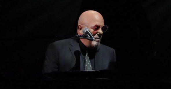 ¡Piano Man a la televisión! Se lanzará serie inspirada en las canciones de Billy Joel