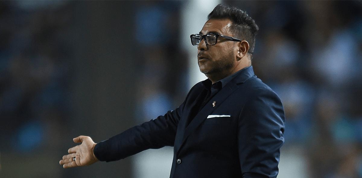 ¿Cruz Azul o Chivas? Antonio Mohamed dio pistas sobre su futuro