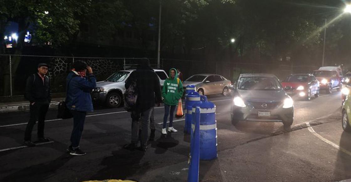 Encapuchados bloquean de nuevo accesos a la FCPyS por invitación a Ricardo Anaya