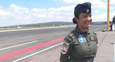 ¡El desfile militar contará por primera vez con participación de mujeres piloto!