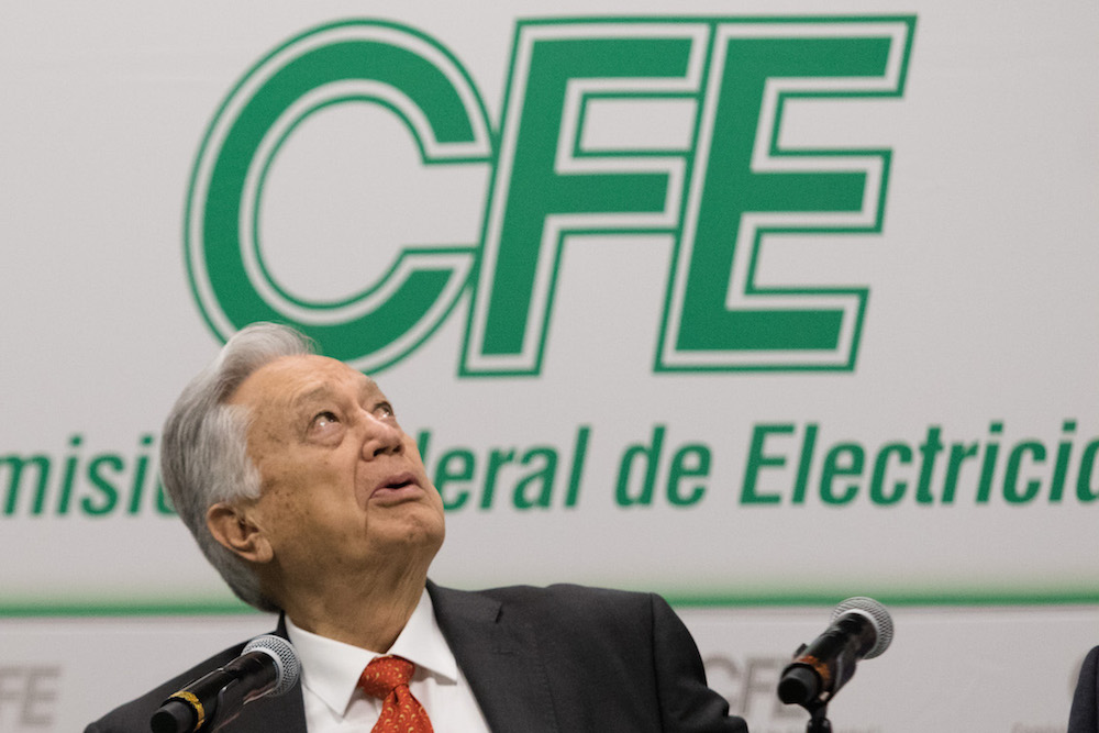 Manuel-Bartlett-CFE-loret-de-mola