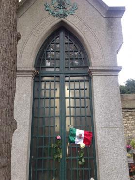 ¿Nadie lo quiere? Los restos de Porfirio Díaz podrían ser repatriados