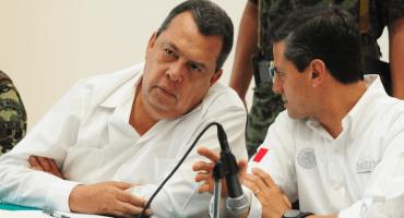 FGR cita a exgobernador de Guerrero, Ángel Aguirre, por caso Ayotzinapa