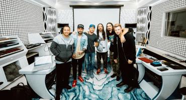 De lagrimita: Backstreet Boys y Steve Aoki se unen para contar historias impactantes en su nuevo video