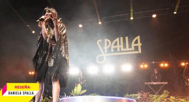 Melancolía y teatralidad: Así fue la noche de Daniela Spalla en el Teatro Metropólitan
