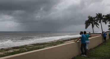 Trump declara estado de emergencia para Georgia y Carolina del Sur por huracán Dorian