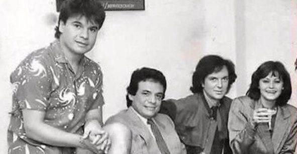 Esta es la historia de la foto de José José, Camilo Sesto, Juan Gabriel y Rocío Dúrcal
