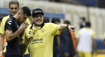 Lo que sabemos del regreso de Maradona a los banquillos de Argentina