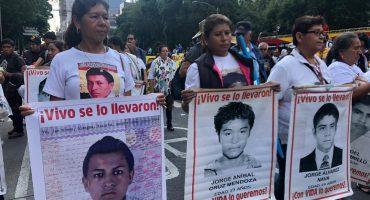 Así se vivió la marcha por el quinto aniversario del caso Ayotzinapa en la CDMX