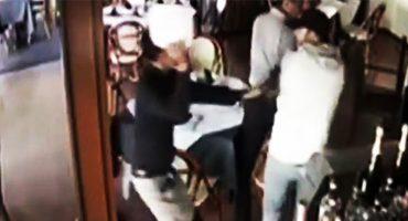 Y mientras tanto en México: Mesero de restaurante frustra un asalto con... ¡¿un plato?!